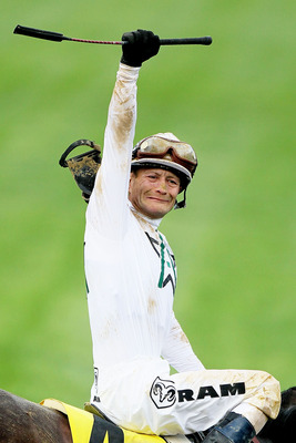 LOUISVILLE, KY - MAY 01:  Calvin Borel atop Super Saver celebrates winning the 136th running of the Kentucky Derby on May 1, 2010 in Louisville, Kentucky.  (Photo by Andy Lyons/Getty Images)