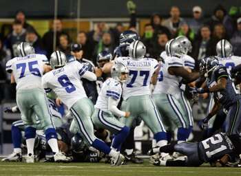 #9 Tony Romo taking fumbled FG snap in loss vs. Seattle