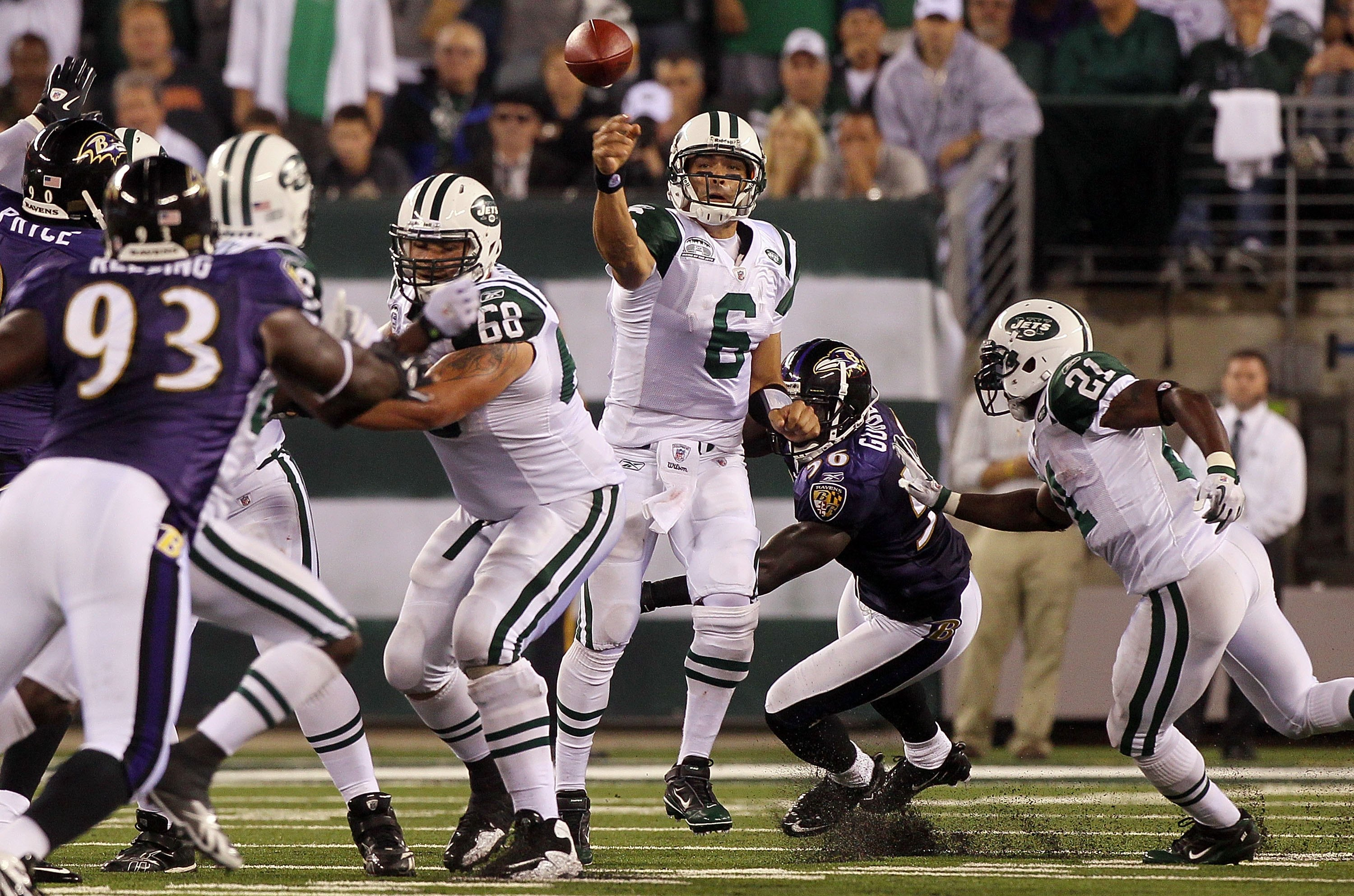 EAST RUTHERFORD, NJ - SEPTEMBER 13: Mark Sanchez #6 of the New York Jets throws against the Baltimore Ravens during their home opener at the New Meadowlands Stadium on September 13, 2010 in East Rutherford, New Jersey. (Photo by Jim McIsaac/Getty Images)