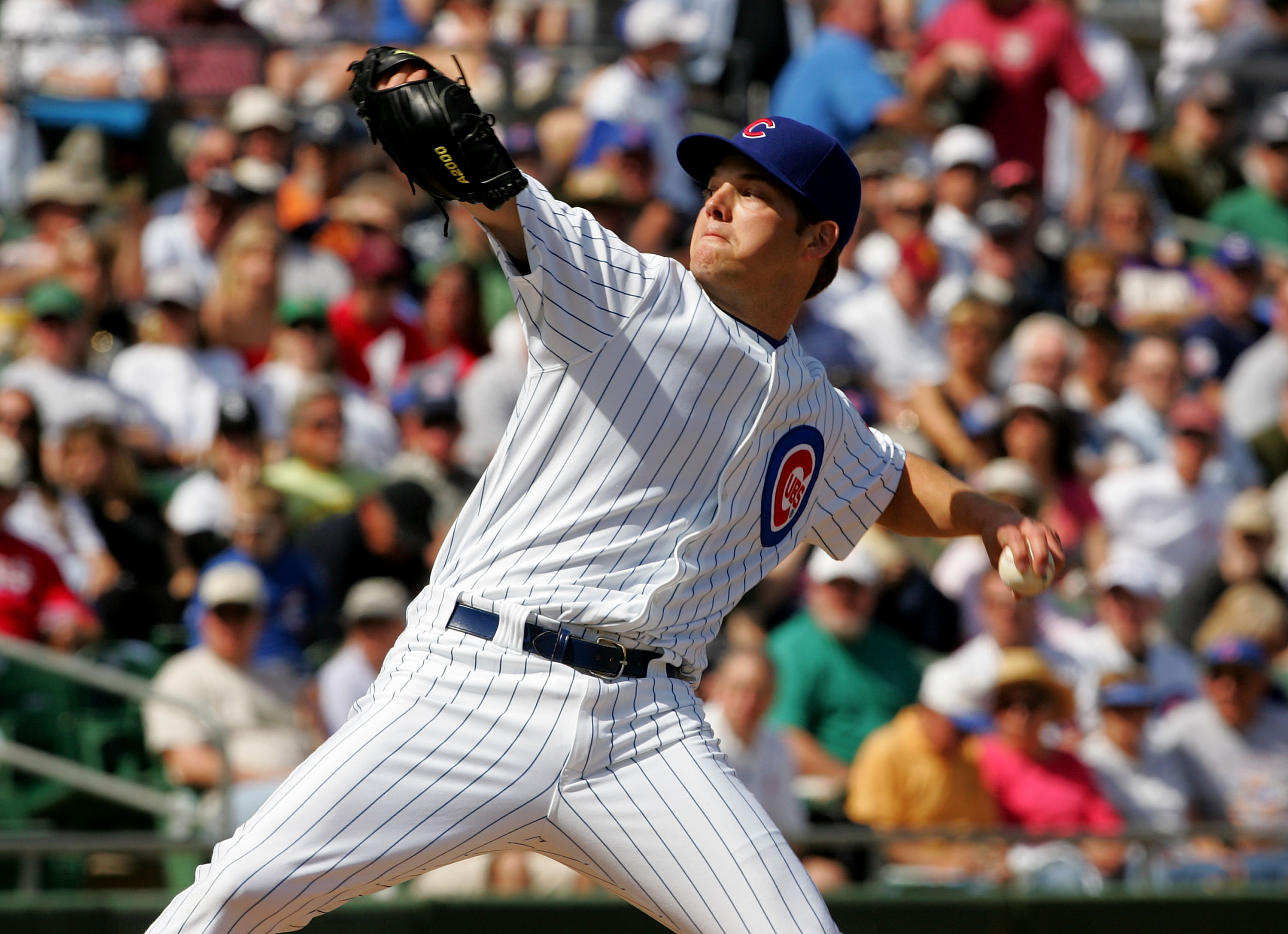 MESA, AZ - MARCH 4:  Pitcher Rich Hill #53 of the Chicago Cubs throws a pitch against the Chicago White Sox during Spring Training at Hohokam Park March 4, 2007 in Mesa, Arizona. (Photo by Stephen Dunn/Getty Images)