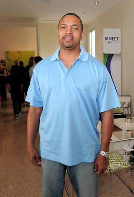 BEVERLY HILLS, CA - OCTOBER 23: NBA basketball player Mark Jackson attends Kinect for Xbox 360 Launch Party held at a private residence on October 23, 2010 in Beverly Hills, California.  (Photo by Jordan Strauss/Getty Images for Xbox)