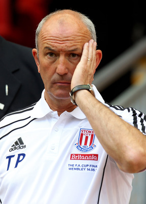 LONDON, ENGLAND - MAY 14:  Stoke City Manager Tony Pulis looks on at the end of the FA Cup sponsored by E.ON Final match between Manchester City and Stoke City at Wembley Stadium on May 14, 2011 in London, England. (Photo by Alex Livesey/Getty Images)