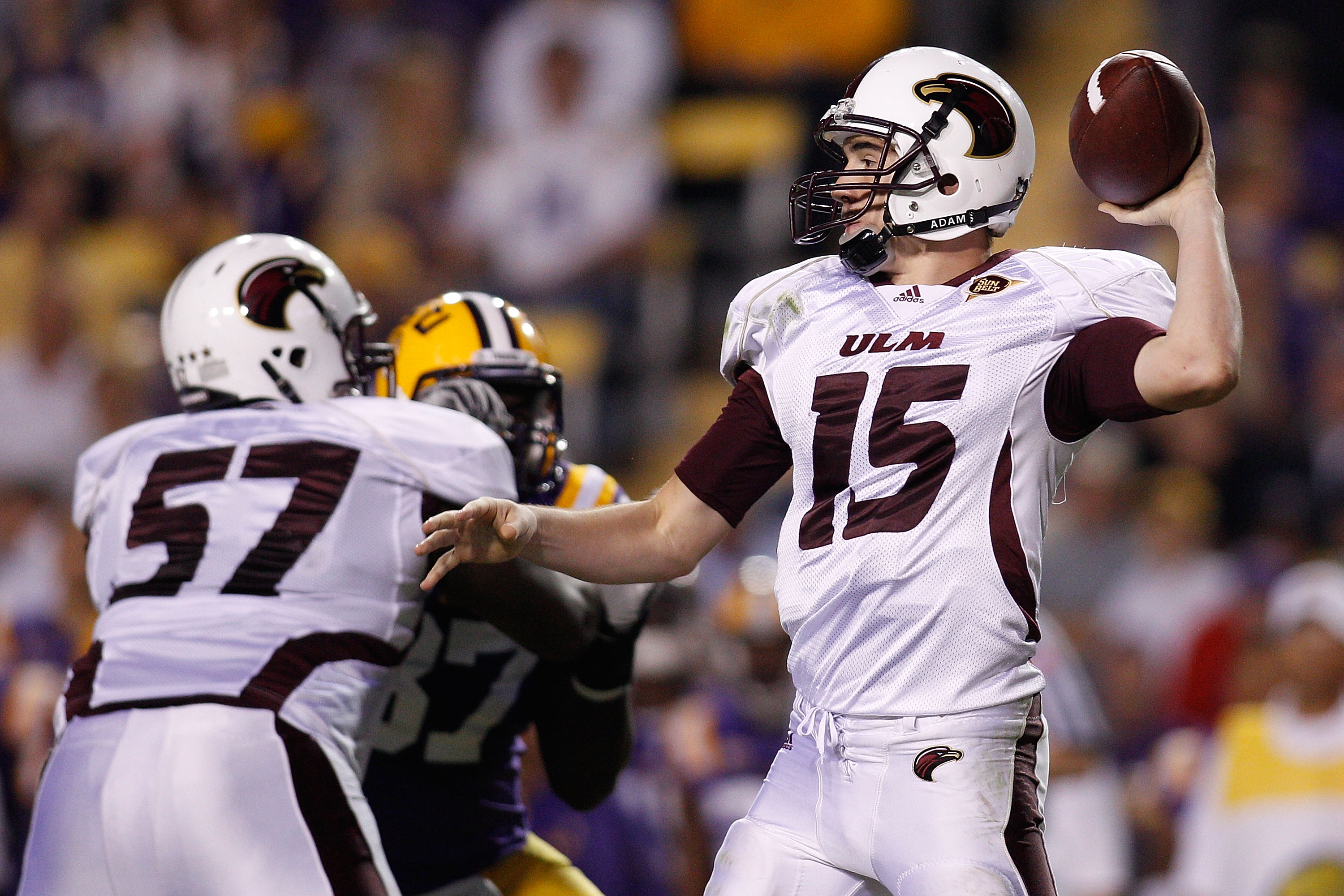 BATON ROUGE, LA - NOVEMBER 13:  Quarterback Kolton Browning #15 of the University of Louisiana-Monroe Warhawks throws a pass during the game against the Louisiana State University Tigers at Tiger Stadium on November 13, 2010 in Baton Rouge, Louisiana.  Th