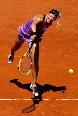PARIS, FRANCE - JUNE 01:  Victoria Azarenka of Belarus serves during the women's singles quarterfinal match between Na Li of China and Victoria Azarenka of Belarus on day eleven of the French Open at Roland Garros on June 1, 2011 in Paris, France.  (Photo