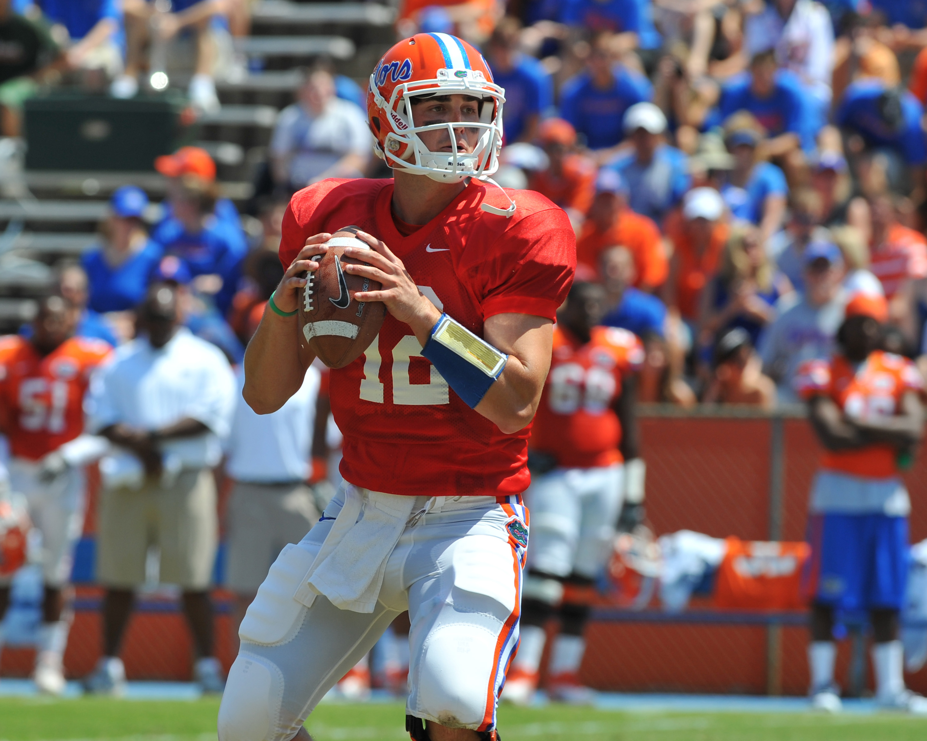 GAINESVILLE, FL - APRIL 9:  Quarterback John Brantley #12 of the Florida Gators sets to pass during the Orange and Blue spring football game April 9, 2011 at Ben Hill Griffin Stadium in Gainesville, Florida.  (Photo by Al Messerschmidt/Getty Images)
