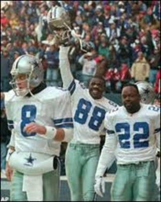 Thanks to KnowYourDallasCowboys.com for the photo!
