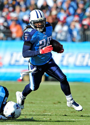 NASHVILLE, TN - DECEMBER 19:  Chris Johnson #28 of the Tennessee Titans runs against the Houston Texans at LP Field on December 19, 2010 in Nashville, Tennessee. The Titans defeated the Texans, 31-17. (Photo by Grant Halverson/Getty Images)