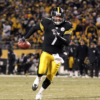 PITTSBURGH, PA - JANUARY 23:  Ben Roethlisberger #7 of the Pittsburgh Steelers runs for a second quarter touchdown against the New York Jets during the 2011 AFC Championship game at Heinz Field on January 23, 2011 in Pittsburgh, Pennsylvania.  (Photo by A