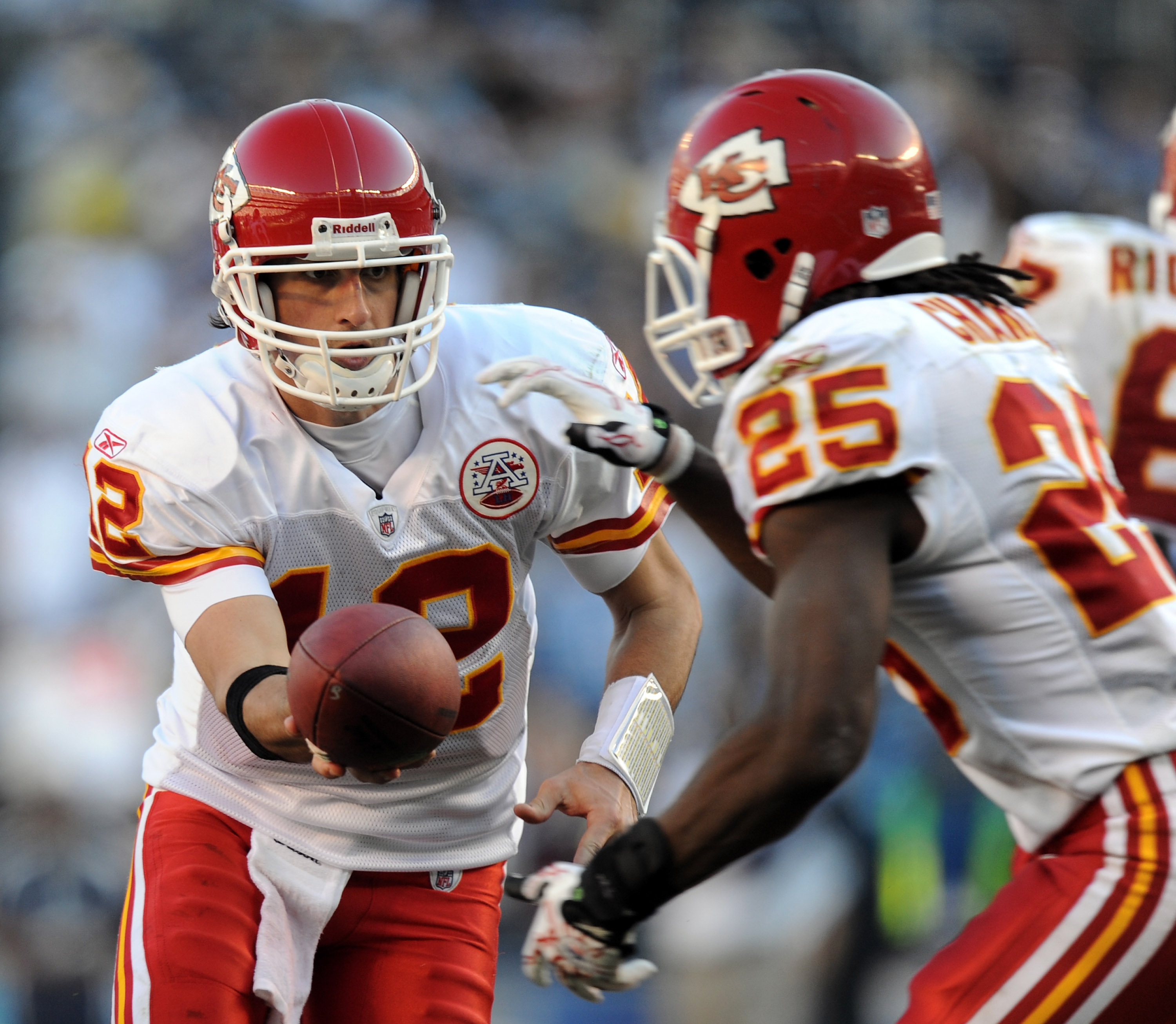 SAN DIEGO, CA - DECEMBER 12:  Brodie Croyle #12 of the Kansas City Chiefs handsoff to Jamaal Charles #25 against the San Diego Chargers at Qualcomm Stadium on December 12, 2010 in San Diego, California.  (Photo by Harry How/Getty Images)