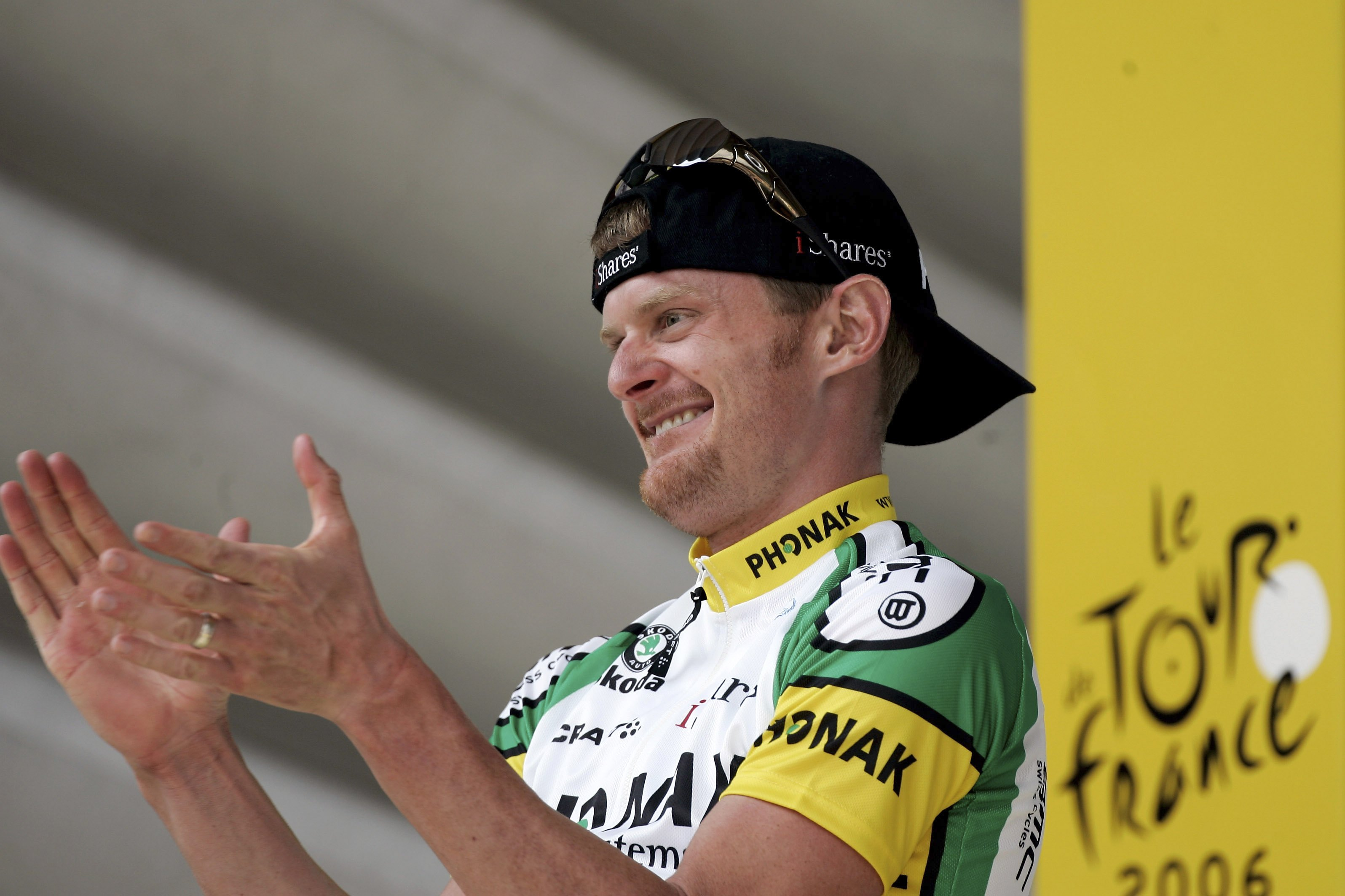 MORZINE-AVORIAZ, FRANCE - JULY 20:  ULY 20: Floyd Landis of the USA and Phonak celebrates winning Stage 17 of the 93rd Tour de France between Saint-Jean-de-Maurienne and Morzine-Avoriaz on July 20, 2006 in Morzine-Avoriaz, France.  (Photo by Bryn Lennon/G