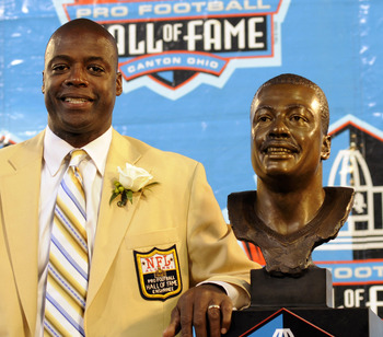CANTON, OH - AUGUST 2:  Darrell Green formerly of the Washington Redskins  talks to fans  during the Class of 2008 Pro Football Hall of Fame Enshrinement Ceremony at Fawcett Stadium on August 2, 2008 in Canton, Ohio.   (Photo by Al Messerschmidt/Getty Ima