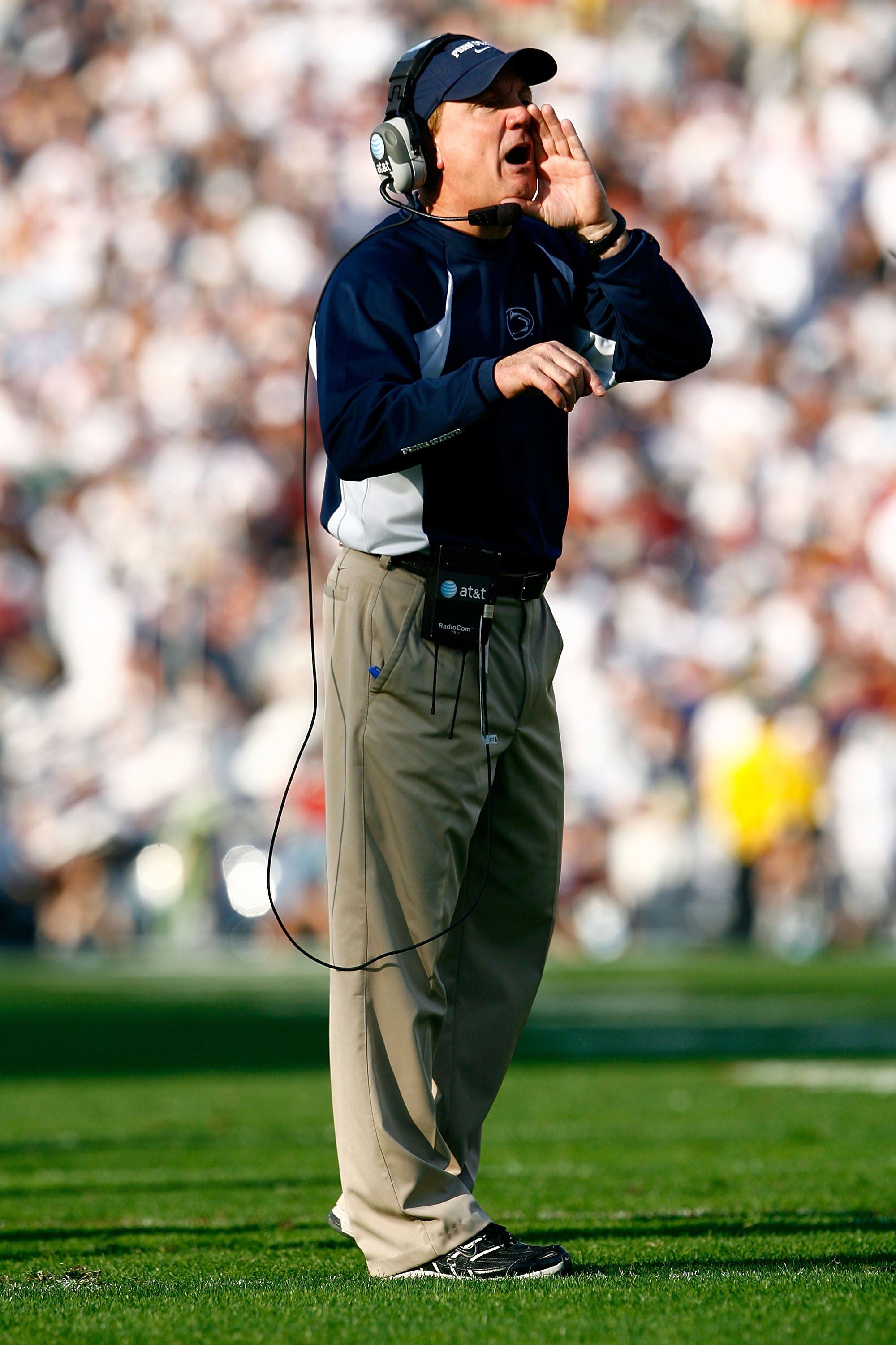 PASADENA, CA - JANUARY 01:  Assistant coach Tom Bradley of the Penn State Nittany Lions calls a play during the 95th Rose Bowl Game presented by Citi against the USC Trojans on January 1, 2009 at the Rose Bowl in Pasadena, California.  (Photo by Jeff Gros