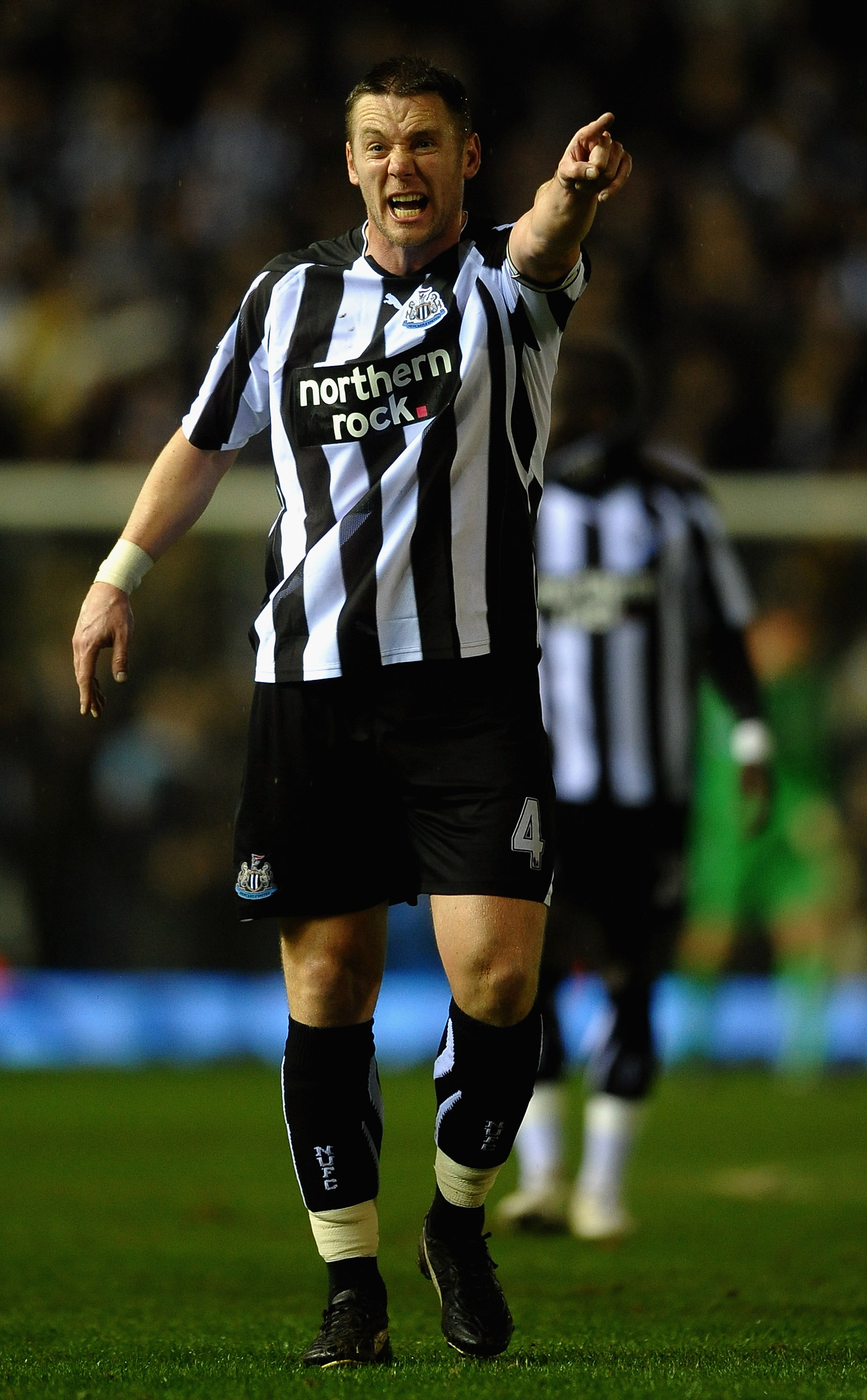 BIRMINGHAM, ENGLAND - FEBRUARY 15:  Kevin Nolan of Newcastle United gives out instructions during the Barclays Premier League match between Birmingham City and Newcastle United at St Andrews  on February 15, 2011 in Birmingham, England.  (Photo by Laurenc