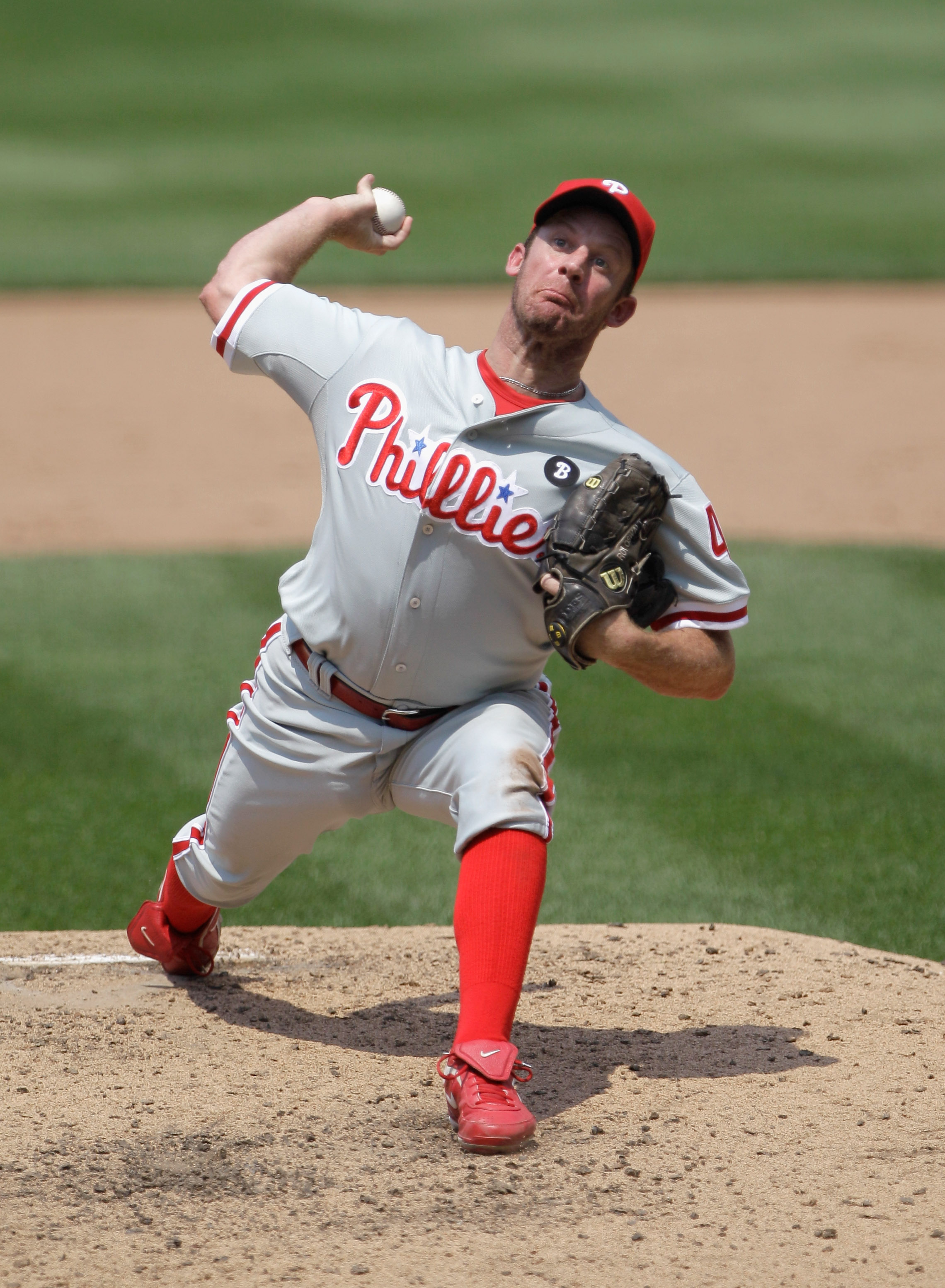 WASHINGTON, DC - JUNE 01:  Starting pitcher Roy Oswalt #44 of the Philadelphia Phillies delivers to a Philadelphia Phillies batter during the fifth inning at Nationals Park on June 1, 2011 in Washington, DC.  (Photo by Rob Carr/Getty Images)