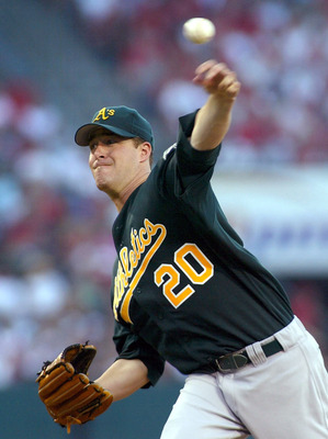 ANAHEIM, CA - SEPTEMBER 26:  Mark Mulder #20 of the Oakland Athletics pitches against the Anaheim Angels in the second inning on September 26, 2004 at Angel Stadium in Anaheim, California.  (Photo by Lisa Blumenfeld/Getty Images)