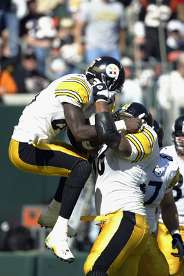 CINCINNATI, OH - OCTOBER 13:  Pittsburgh Steelers reciever Plaxico Burress #80 (left) celebrates a touchdown by running back Jerome Bettis #36 (right) in the first half of the NFL game against the Cincinnati Bengals at Paul Brown Stadium in Cincinnati, Oh