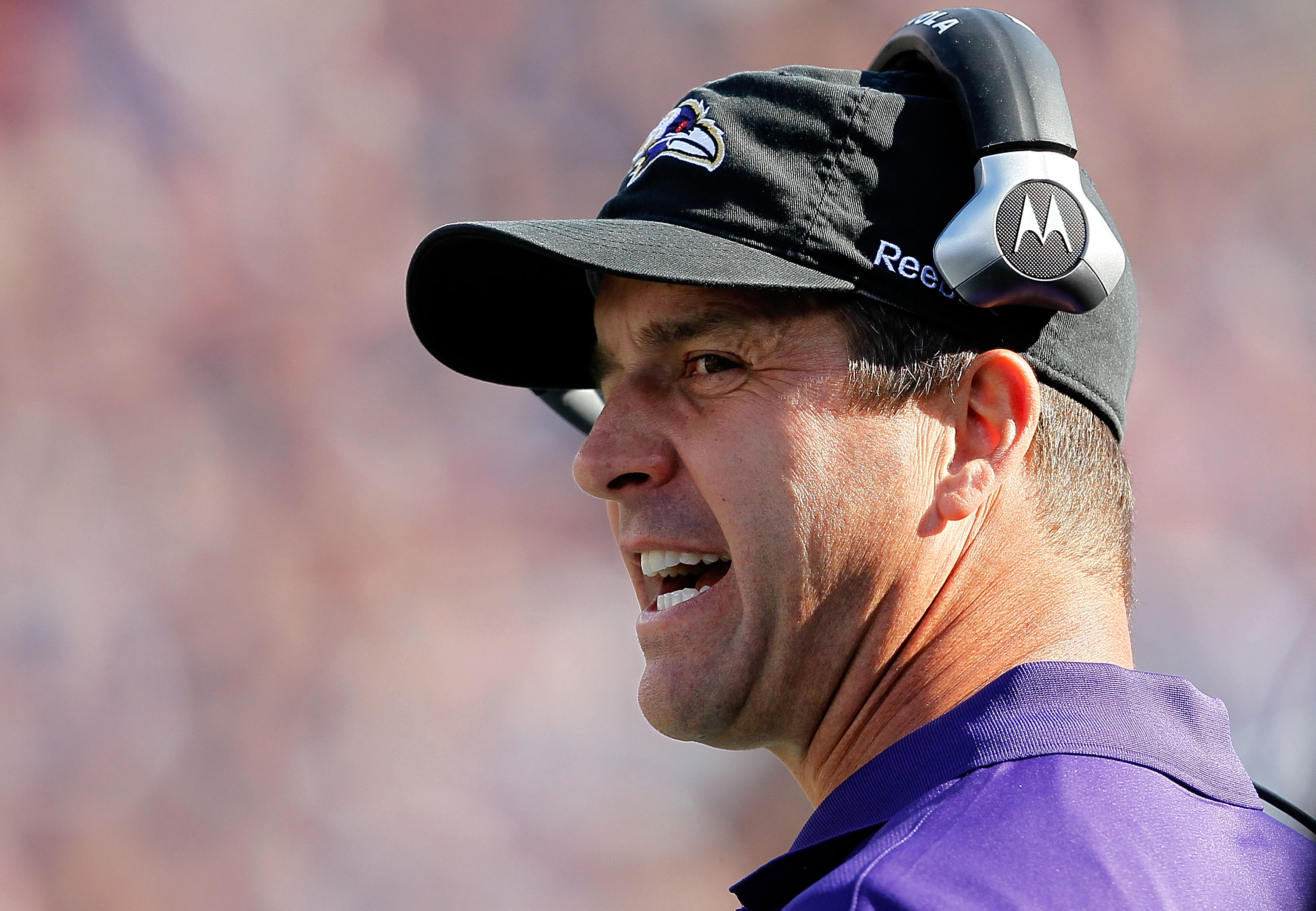 FOXBORO, MA - OCTOBER 17:  Coach John Harbaugh of the Baltimore Ravens shouts instructions in the second half in a game against the New England Patriots at Gillette Stadium on October 17, 2010 in Foxboro, Massachusetts. (Photo by Jim Rogash/Getty Images)