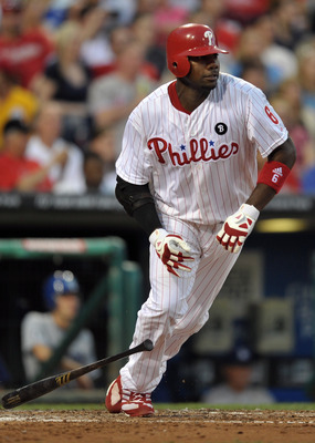 PHILADELPHIA, PA - JUNE 06: Ryan Howard #6 of the Philadelphia Phillies runs to first base after hitting a one-run single during the game against the Los Angeles Dodgers at Citizens Bank Park on June 6, 2011 in Philadelphia, Pennsylvania. (Photo by Drew H