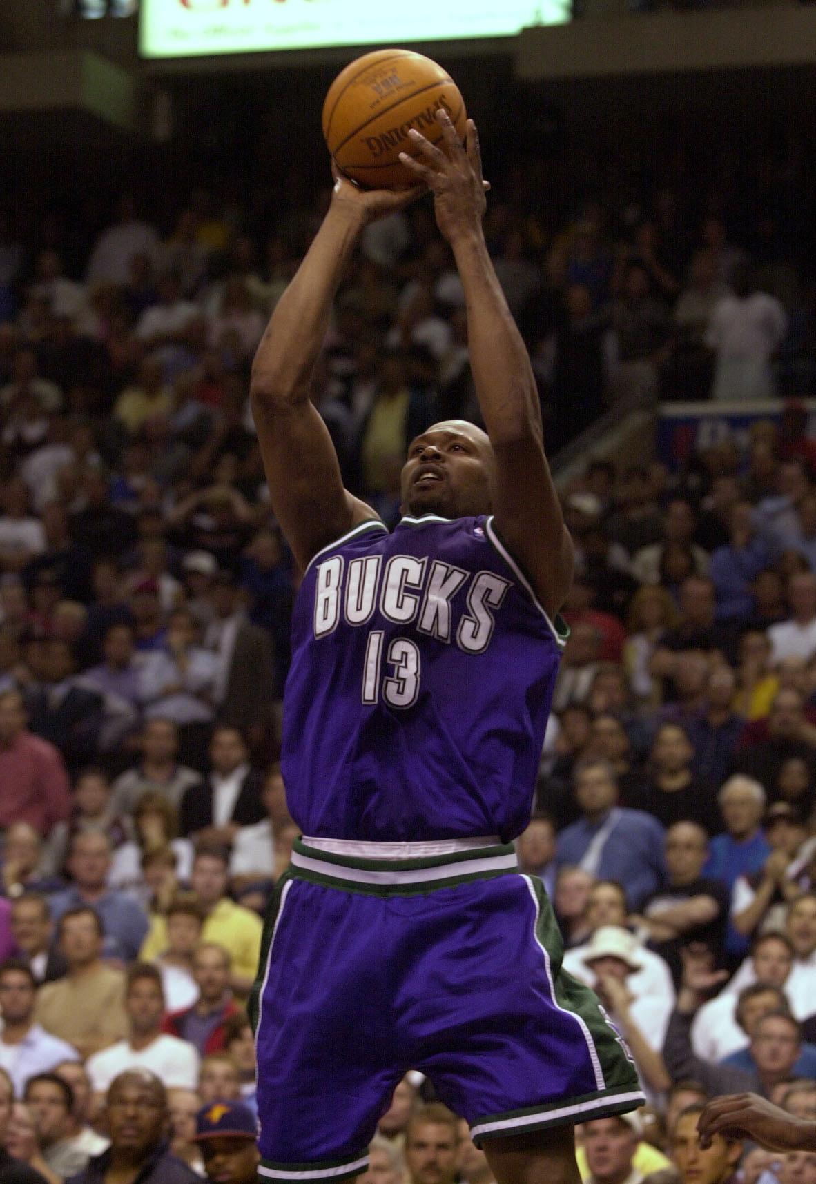 7354c409a8c 30 May 2001  Glenn Robinson  13 of the Milwaukee Bucks takes a shot at