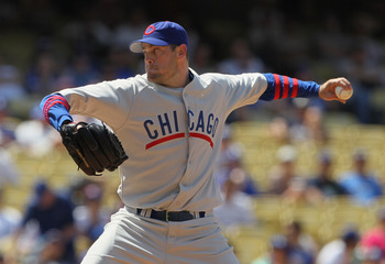 LOS ANGELES, CA - MAY 04:  Sean Marshall #45 of the Chicago Cubs pitches against the Los Angeles Dodgers at Dodger Stadium on May 4, 2011 in Los Angeles, California.  (Photo by Jeff Gross/Getty Images)