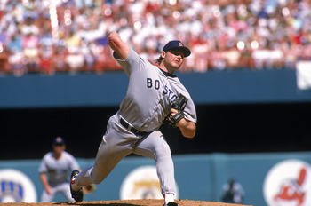 ANAHEIM, CA - 1989:  Roger Clemens #21 of the Boston Red Sox pitches against the California Angels during a game in the 1989 MLB Season at Anaheim Stadium in Anaheim, California. (Photo by Scott Halleran/Getty Images)