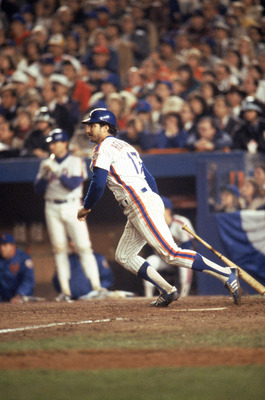 FLUSHING, NY - OCTOBER 27:  First baseman Keith Hernandez #17 of the New York Mets at bat during game 7 of the 1986 World Series against the Boston Red Sox at Shea Stadium on October 27, 1986 in Flushing, New York. The Mets won the series 4-3.  (Photo by