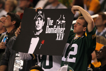 ARLINGTON, TX - FEBRUARY 06:  A Green Bay Packers holds up a sign for defensive coordinator Dom Capers during Super Bowl XLV at Cowboys Stadium on February 6, 2011 in Arlington, Texas.  (Photo by Mike Ehrmann/Getty Images)