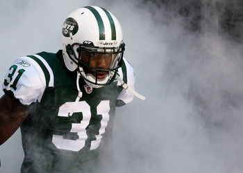 EAST RUTHERFORD, NJ - AUGUST 27:  Antonio Cromartie #31 of the New York Jets is introduced before the game against the Washington Redskins  during their preseason game on August 27, 2010 at the New Meadowlands Stadium  in East Rutherford, New Jersey.  (Ph