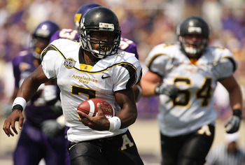 GREENVILLE, NC - SEPTEMBER 05:  Travaris Cadet #7 of the Appalachian State Mountaineers runs with the ball against the East Carolina Pirates at Dowdy-Ficklen Stadium on September 5, 2009 in Greenville, North Carolina.  (Photo by Streeter Lecka/Getty Image