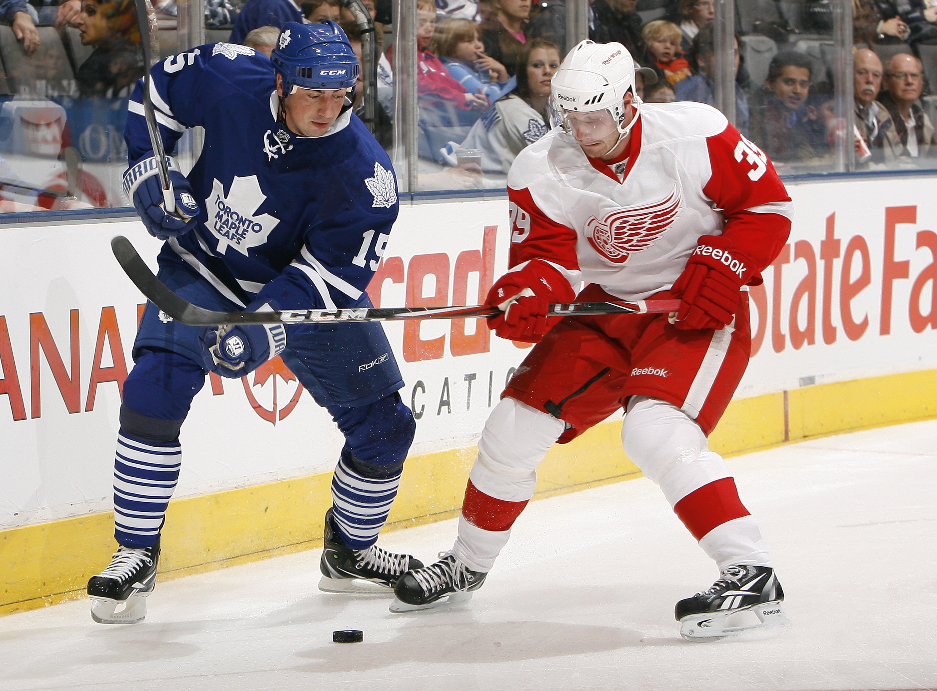 An Original Six matchup featuring two of the biggest teams from Canada and the United States? Yes, please.