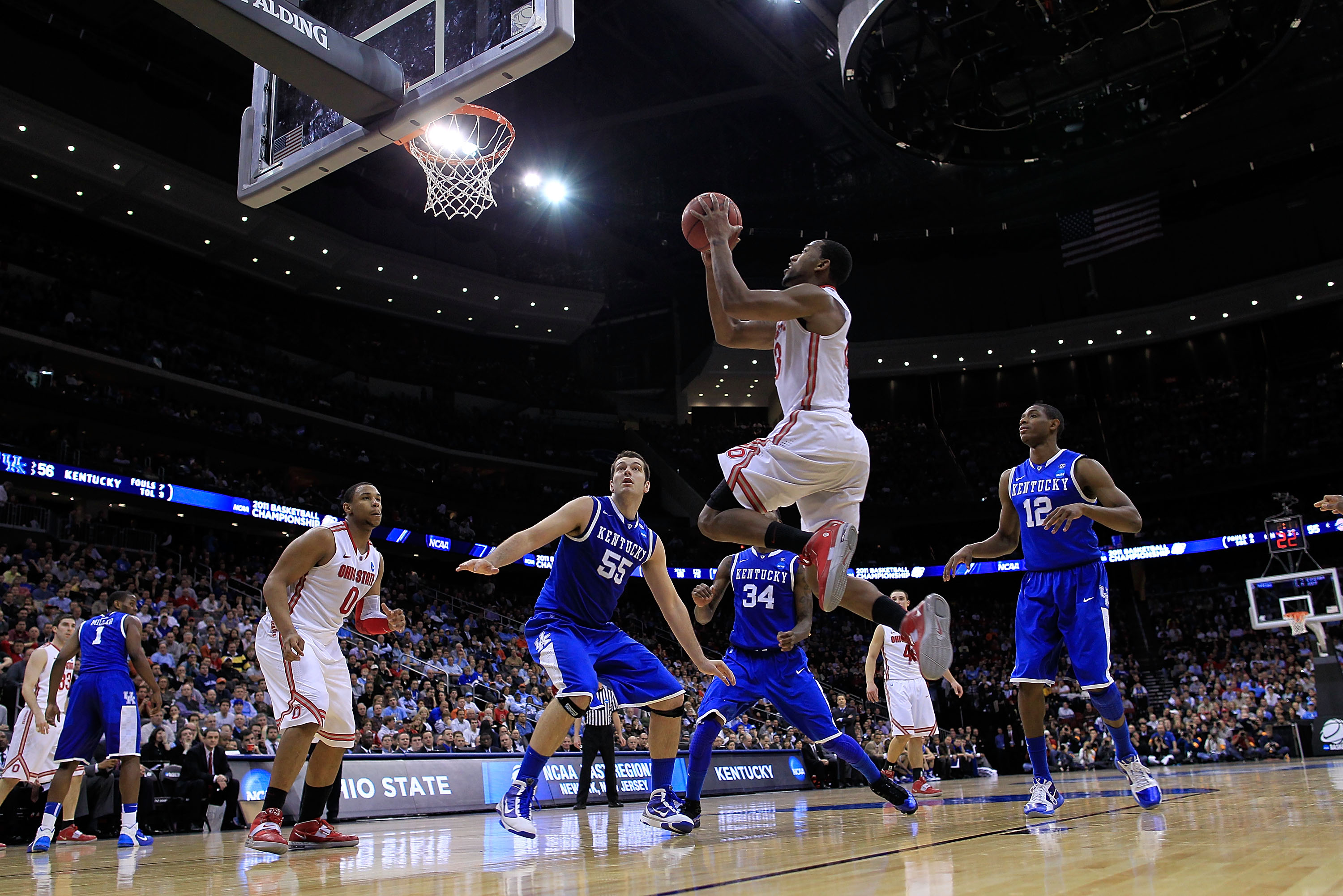NEWARK, NJ - MARCH 25:  David Lighty #23 of the Ohio State Buckeyes dunks against the Kentucky Wildcats during the east regional semifinal of the 2011 NCAA Men's Basketball Tournament at the Prudential Center on March 25, 2011 in Newark, New Jersey.  (Pho