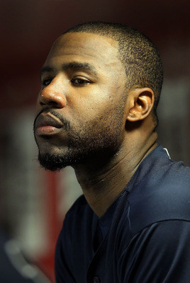 PHOENIX, AZ - MAY 18:  Jason Heyward #22 of the Atlanta Braves watches from the dugout during the Major League Baseball game against the Arizona Diamondbacks at Chase Field on May 18, 2011 in Phoenix, Arizona.  (Photo by Christian Petersen/Getty Images)
