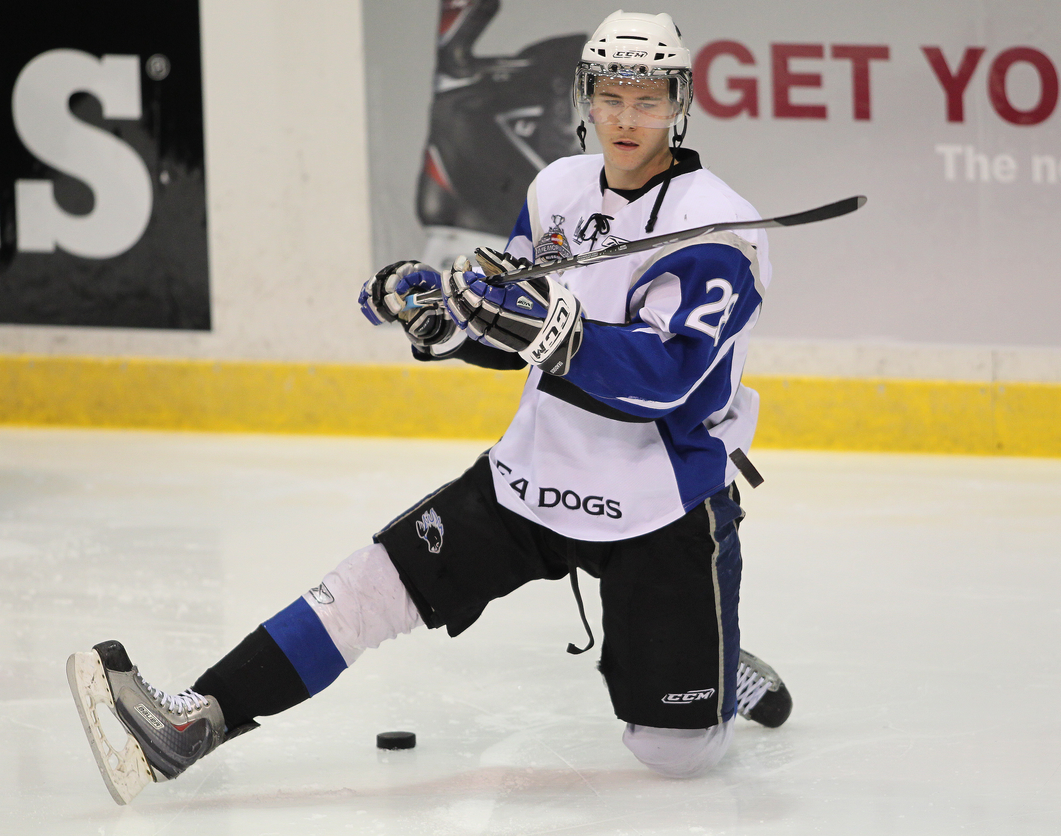 MISSISSAUGA, CANADA - MAY 20:  Nathan Beaulieu #28 of the Saint John Sea Dogs gets ready during the warm-up prior to facing the Mississauga St. Michael's Majors in the opening game of the 2011 Mastercard Memorial Cup at the Hershey Centre in Mississauga,