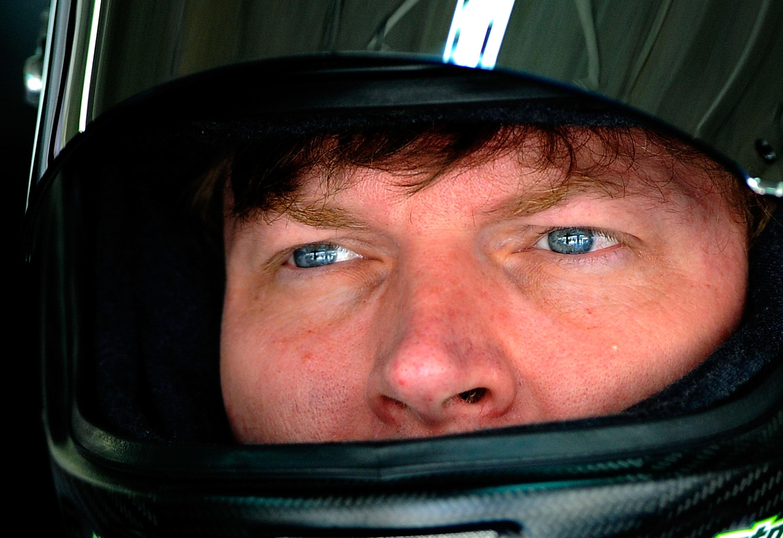 Dale Earnhardt Jr : Top Reasons He's Quietly Having a