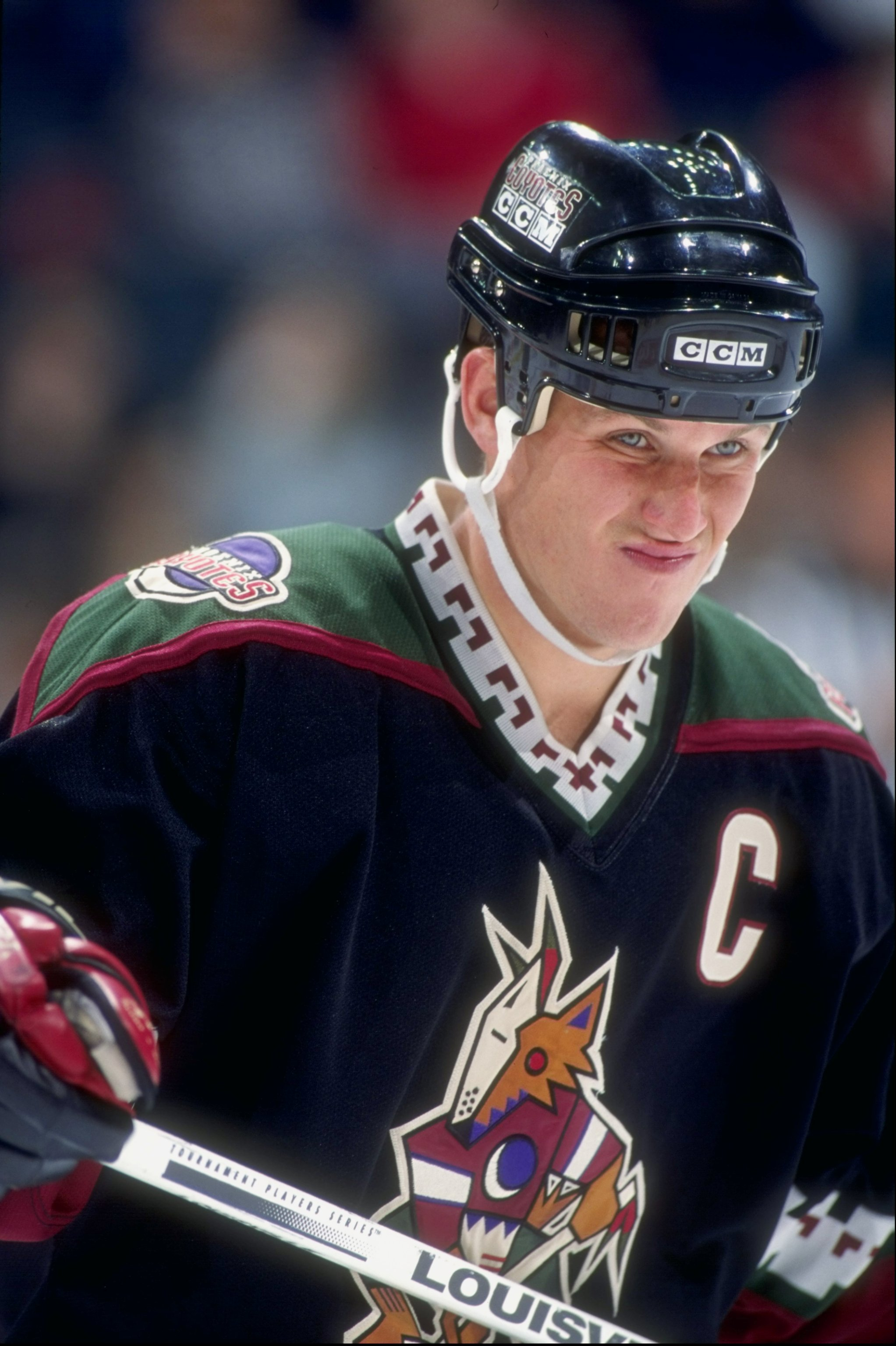 Keith Tkachuk #7 of the Phoenix Coyotes in action during a game against the Calgary Flames at the Canadin Airlines Saddledome in Calgary, Canada, November 1996. Mandatory Credit: Ian Tomlinson  /Allsport