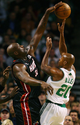 BOSTON - NOVEMBER 16:  Shaquille O'Neal #32 of the Miami Heat blocks a shot by Ray Allen #20 of the Boston Celtics on November 16, 2007 at the TD Banknorth Garden in Boston, Massachusetts. NOTE TO USER: User expressly acknowledges and agrees that, by down