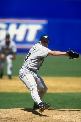 27 Apr 1998:  Pitcher Billy Wagner of the Houston Astros in action during a game against the New York Mets at Shea Stadium in Flushing, New York.  The Mets defeated the Astros 4-3. Mandatory Credit: David Seelig  /Allsport