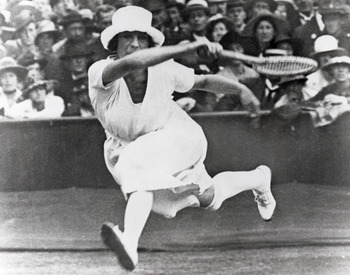 ANTWERP, BELGIUM - APRIL 20:  Suzanne Lenglen of France competes in the Women?s tennis event during the VII Olympic Games circa April of 1920 in Antwerp, Belgium.  (Photo by Getty Images)
