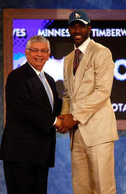 NEW YORK - JUNE 26:  NBA Commissioner David Stern shakes hands with number three draft pick for the Minnesota Timberwolves, O.J. Mayo during the 2008 NBA Draft at the Wamu Theatre at Madison Square Garden June 26, 2008 in New York City. NOTE TO USER: User