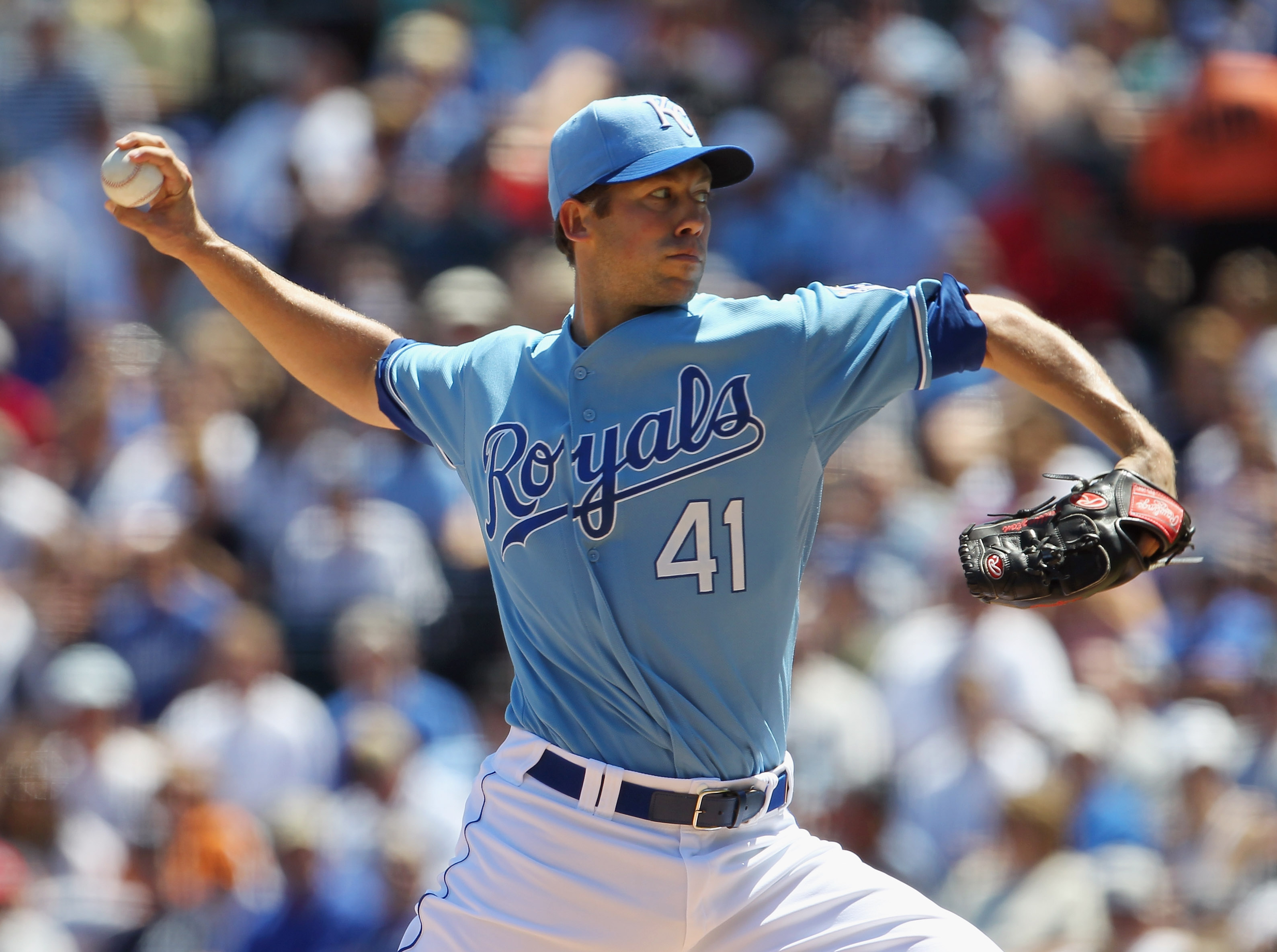 KANSAS CITY, MO - AUGUST 15:  Pitcher Bryan Bullington #41 of the Kansas City Royals in action during the game against the New York Yankees on August 15, 2010 at Kauffman stadium in Kansas City, Missouri.  (Photo by Jamie Squire/Getty Images)