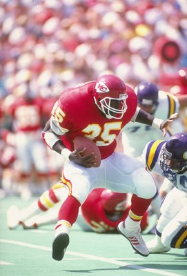 9 Sep 1990:  Fullback Christian Okoye of the Kansas City Chiefs runs with the ball during a game against the Minnesota Vikings at Arrowhead Stadium in Kansas City, Missouri.  The Chiefs won the game 24-21. Mandatory Credit: Tim de Frisco  /Allsport
