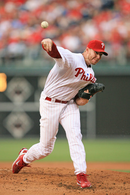 PHILADELPHIA - JUNE 10: Starting pitcher Roy Halladay #34 of the Philadelphia Phillies throws during a game against the Chicago Cubs at Citizens Bank Park on June 10, 2011 in Philadelphia, Pennsylvania. The Phillies won 7-5. (Photo by Hunter Martin/Getty