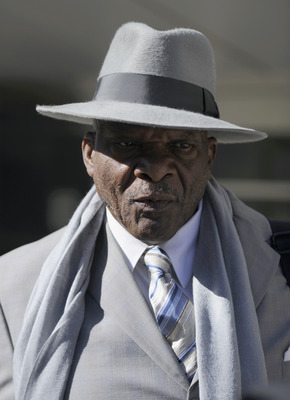 MINNEAPOLIS, MN - MAY 16: Retired NFL defensive Carl Eller speaks to members of the media after leaving court-ordered mediation at the U.S. Courthouse on May 16, 2011 in Minneapolis, Minnesota. Mediation was ordered after a hearing on an antitrust lawsuit