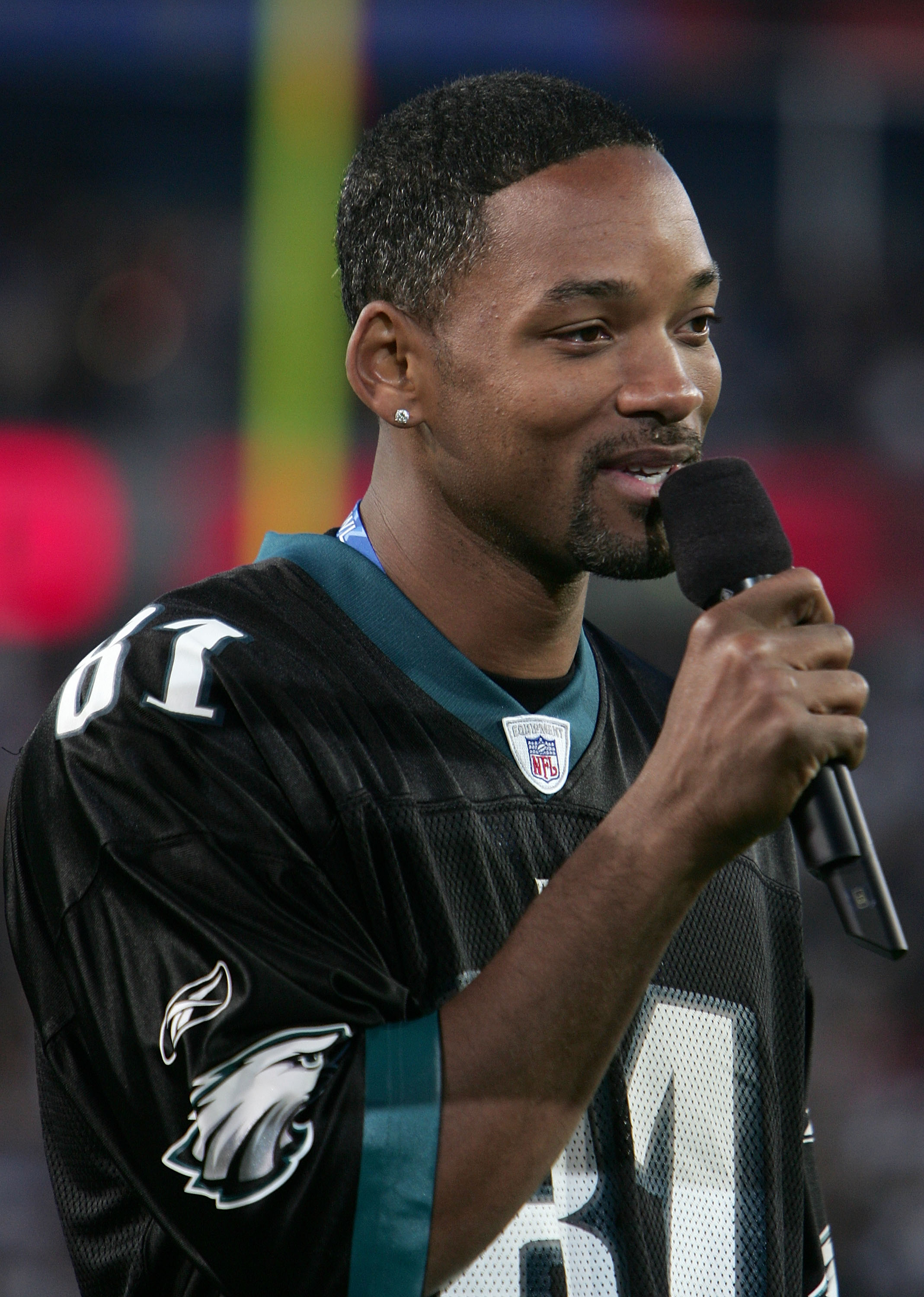 JACKSONVILLE, FLORIDA - FEBRUARY 06:  Actor Will Smith introduces Alcia Keys on the field before the start of Super Bowl XXXIX between the New England Patriots and the Philadelphia Eagles at Alltel Stadium on February 6, 2005 in Jacksonville, Florida.  (P