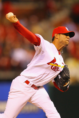 ST. LOUIS, MO - MAY 18: Reliever Eduardo Sanchez #52 of the St.Louis Cardinals pitches against the Houston Astros at Busch Stadium on May 18, 2011 in St. Louis, Missouri.  (Photo by Dilip Vishwanat/Getty Images)