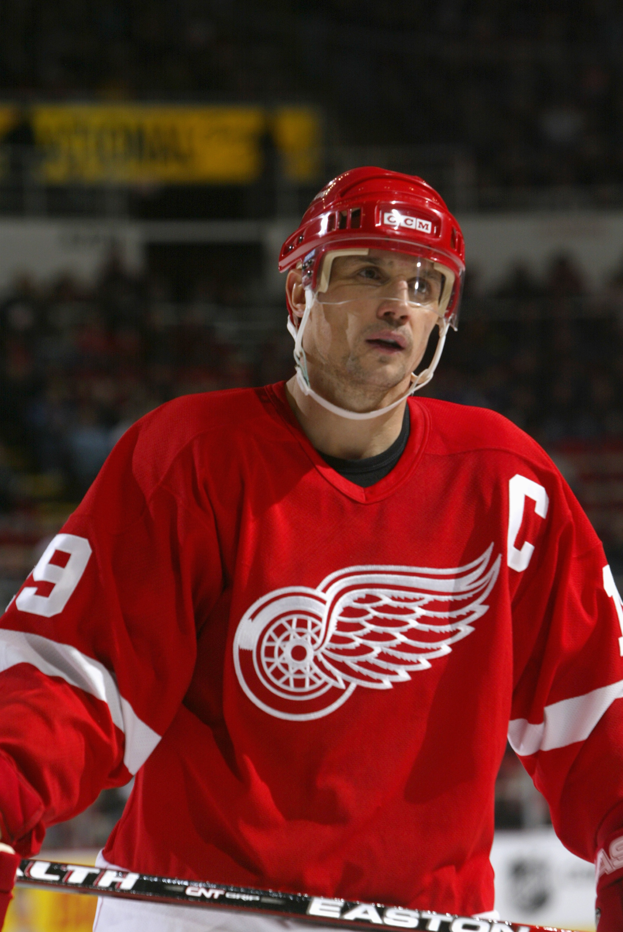 DETROIT - FEBRUARY 8:  Steve Yzerman #19 of the Detroit Red Wings looks on against the Nashville Predators at Joe Louis Arena on February 8, 2006 in Detroit, Michigan. The Red Wings won 6-0. (Photo By Dave Sandford/Getty Images)