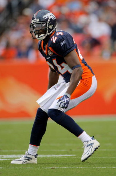 DENVER - SEPTEMBER 20:  Cornerback Champ Bailey #24 of the Denver Broncos defends against the Cleveland Browns during NFL action at Invesco Field at Mile High on September 20, 2009 in Denver, Colorado. The Broncos defeated the Browns 27-6.  (Photo by Doug