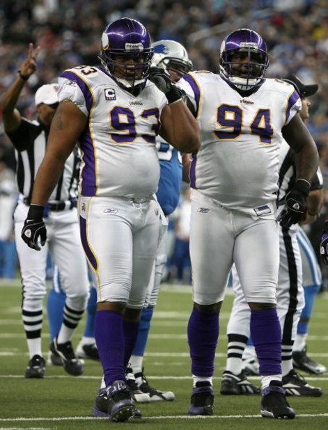 DETROIT - DECEMBER 07:  (L-R) Kevin Williams #93 and Pat Williams #94 of the Minnesoa Vikings in action during the NFL game against the Detroit Lions at Ford Field on December 7, 2008 in Detroit, Michigan.  The Vikings defeated the Lions 20-16.  (Photo by