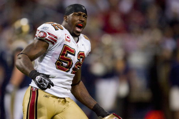 ST. LOUIS, MO - DECEMBER 21: Patrick Willis #52 of the San Francisco 49ers celebrates a victory against the St. Louis Rams at the Edward Jones Dome on December 21, 2008 in St. Louis, Missouri.  The 49ers beat the Rams 17-16.  (Photo by Dilip Vishwanat/Get