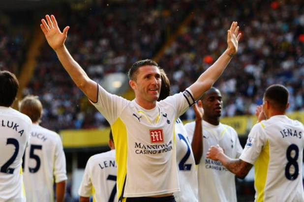 LONDON, ENGLAND - SEPTEMBER 26:  Robbie Keane of Tottenham Hotspur celebrates scoring his second goal during the Barclays Premier League match between Tottenham Hotspur and Burnley at White Hart Lane on September 26, 2009 in London, England.  (Photo by Ia